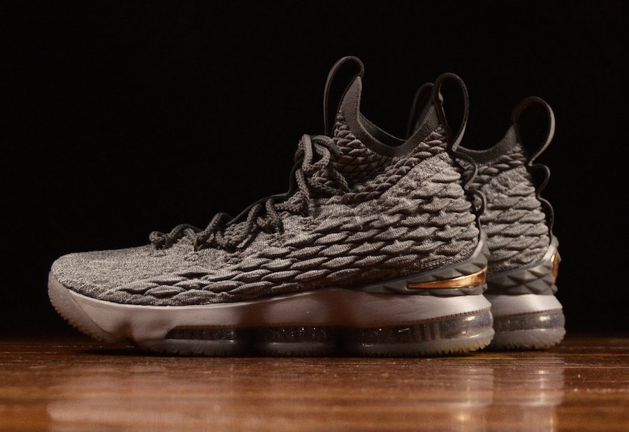 Outlet Nike LeBron 15  City Edition  Wolf Grey Metallic Gold-Cool Grey c7f6f7cef
