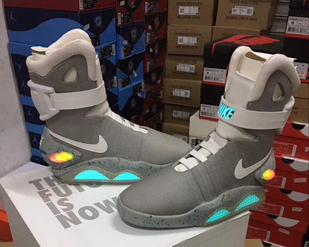 low priced 04710 ff866 Nike Air Mag From Back To The Future Part 2 New Release